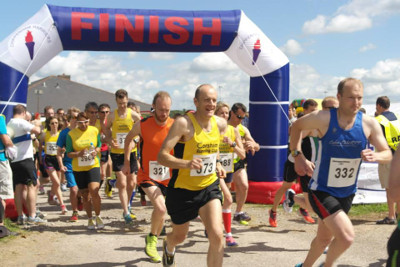 Runners at Chippenham 5 Mile Road Race